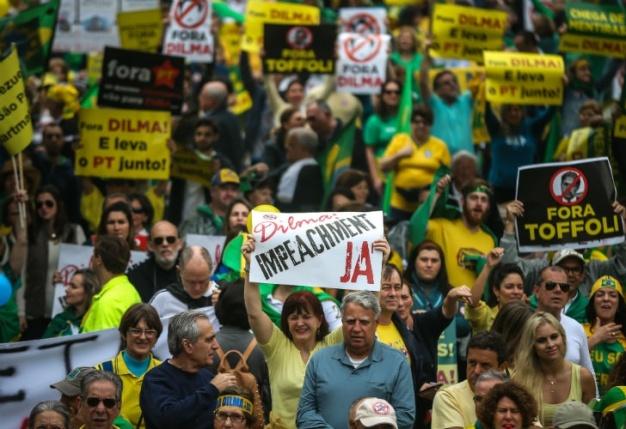 0816_brasil_protestas_g.jpg_1853027552