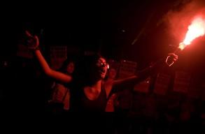 07-03-2014. Marcha dia de la mujer trabajadora. Mas de 7mil mujeres de distintas organizaciones sociales marcharon desde el congreso Nacional hasta la Plaza de Mayo conmemorando el d'a de la mujer trabajadora.