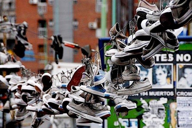 4 zapatillas