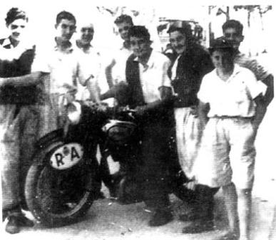 con-la-motocicleta