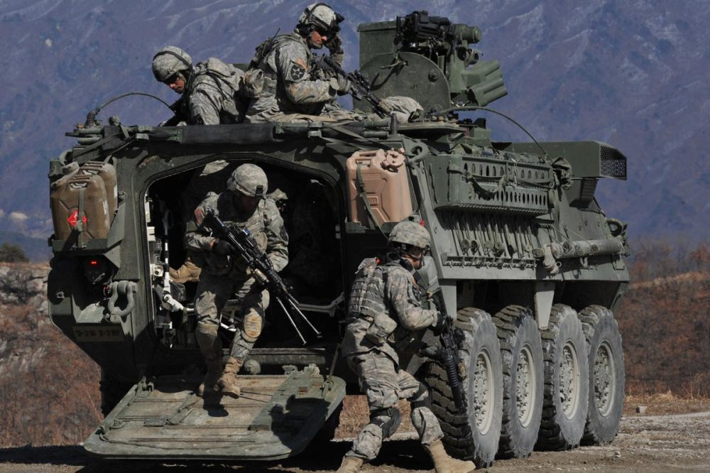 stryker-combat-vehicle-07.jpg
