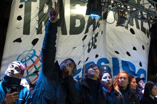 Buenos Aires 14 julio 2017 Marcha por la represión y los despidos de Pecsico foto Rolando Andrade Stracuzzi ley 11723