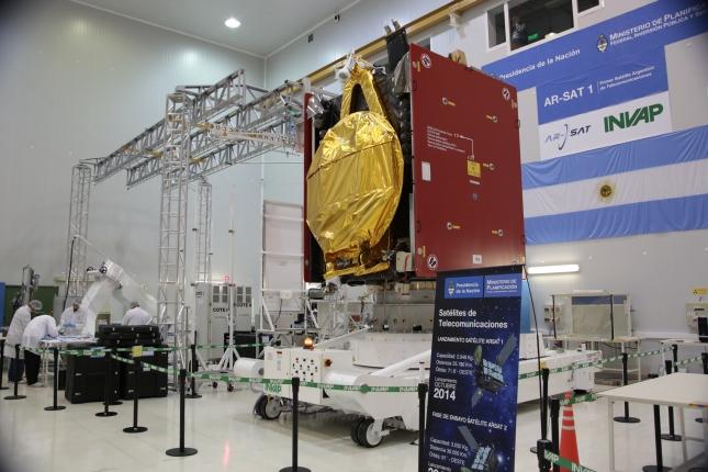 26 -INVAP Bariloche Satelite (06-08-2014) (69)